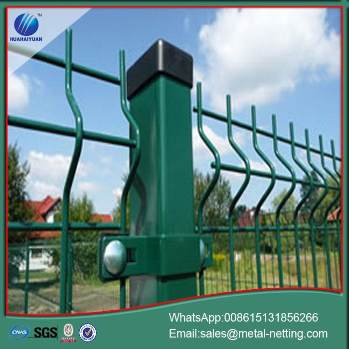 China Sicherheit 2D Draht Zaun 2D Mesh Fechten Hersteller