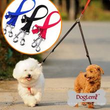 Deux voies en nylon double poignée chien laisse rétractable chien plomb coupleur Walk 2 chiens 1 plomb conduit chien laisse