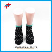 Ladies 'dots design chaussettes chaussettes personnalisées chaussettes en gros