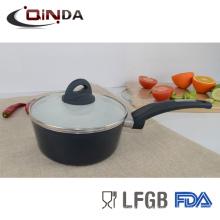 casserole électrique en céramique avec couvercle