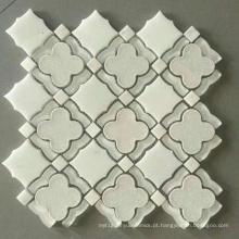 Mosaico de pedra com Wate Jet