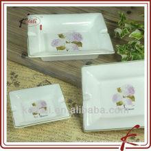 Cenicero de cerámica rectangular