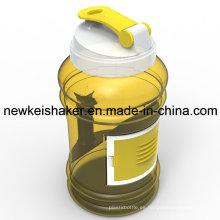 Portable 2.2 / 2.5L PETG botella de agua plástica del deporte con el envase