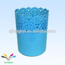 Blaue runde Blume Prägung Metall künstlerischen Regenschirm Display Rack
