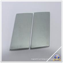 Ímãs permanentes personalizados com magnético forte