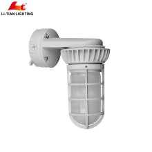 ETL certificated vapor tight tri proof led industrial light fixture with 5 years warranty