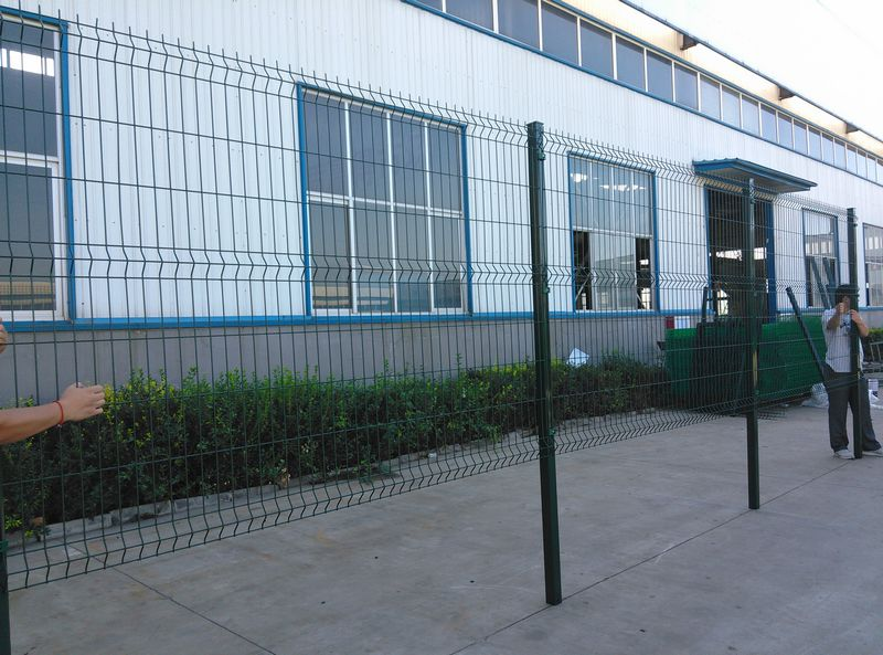 wire mesh fence panel 1