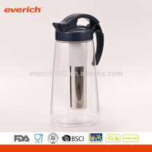 1L Großhandel Drinkware Clear farbigen Kunststoff Pitcher mit S / S Infuser