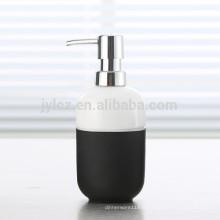 distributeur de savon liquide avec pompe en plastique et bande de silicone