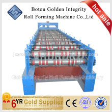 Machine de formage de rouleaux de panneaux de plancher de style européen