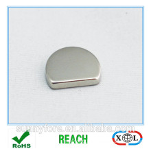 semi-circle magnet