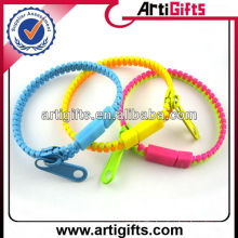 Newest style plastic zipper bracelet wholesale
