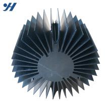 Profil en aluminium adapté aux besoins du client d'extrusion en aluminium formé par tournesol de radiateur rond