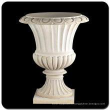 Pot de fleurs en marbre
