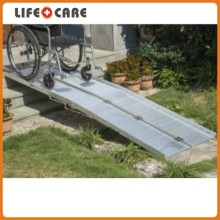 Folded Aluminum Wheelchair Ramp for Disabled