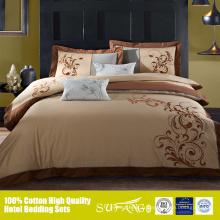 Nouveau drap de lit de conception de broderie avec le fil d'or