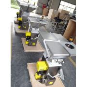 Gravimetric Batch Blender untuk bahan butiran