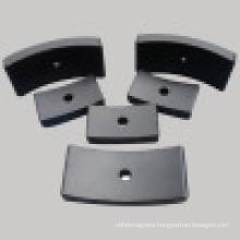 Y30 Industrail Hard Ferrite Large Arc Magnet (UNI-Ferrite-io6)