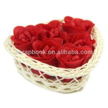 jabón de rosa de papel para personaliza con cesta de hart en forma