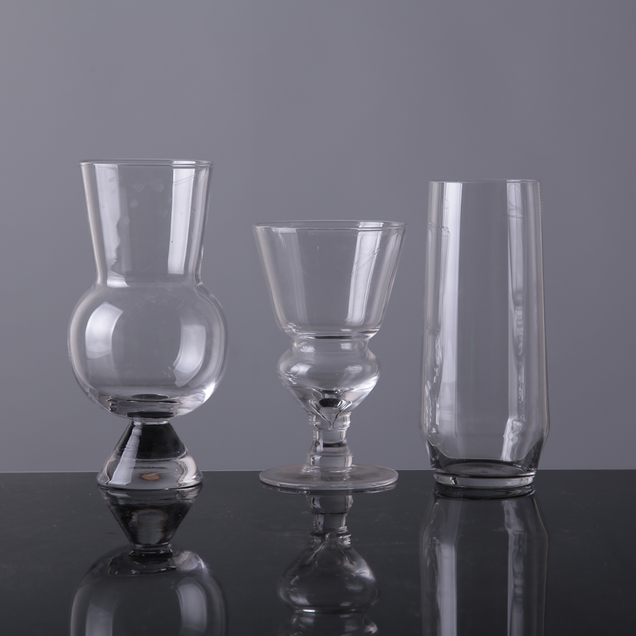 Clear Glassware For Wine