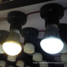 Industrial Dc12v Ac90~250v 4w 180° Globe E27 Led Light Bulbs For Warehouse And Hotel