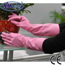 NMSAFETY Frauen in Gummihandschuhen