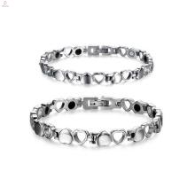 Las parejas románticas aman la pulsera del corazón, haciendo juego la joyería de las pulseras de la pareja