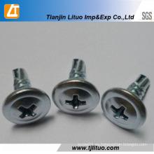 Tornillos autoperforantes / roscados de cabeza de truss modificados con cabeza de oblea