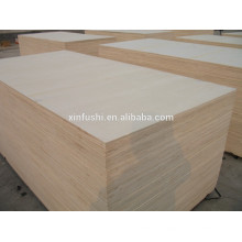 White color faced hardwood core plywood