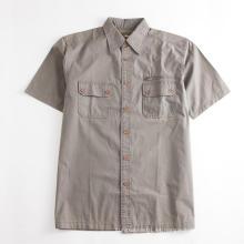 Camisa de bolsillo para herramientas regular caqui de manga corta para hombre