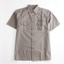 Camisa de bolso normal masculina de manga curta cáqui