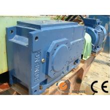 Caja de engranajes helicoidales cónicos para aplicaciones en la industria del cemento