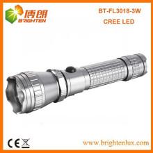Venta al por mayor de la fábrica Metal de aluminio del CE Multi-funcional poderoso 300lumen 3w / 5w Cree llevó la luz recargable de la antorcha