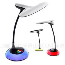 Lâmpada de mesa inteligente LED com função de escurecimento de 3 níveis (LTB795)