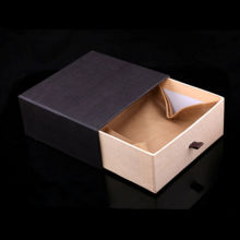 Black Box Paper Packaging for Men′s Leather Belts