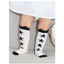 Novas meias populares de moda