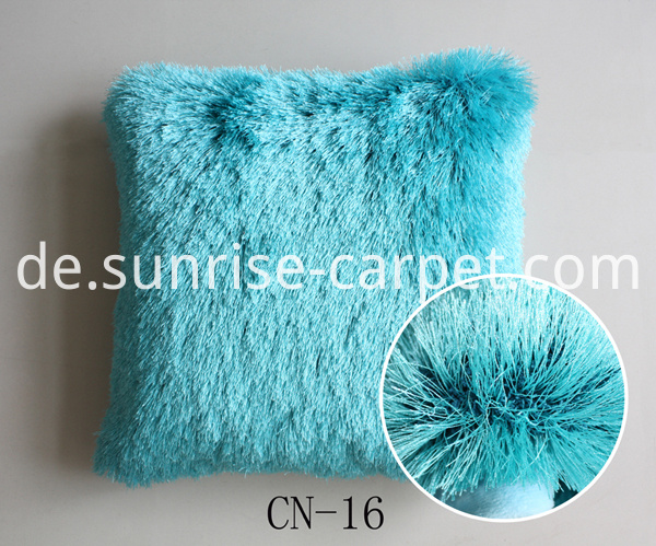 Cushion with Polyester Shaggy yarn