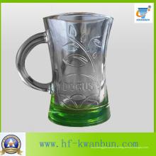 Coupe en verre Coupe de bière en fond de couleur Kb-Hn03157
