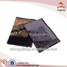 Mode neueste gebürstete Männer Leopard indischen Seide Schal