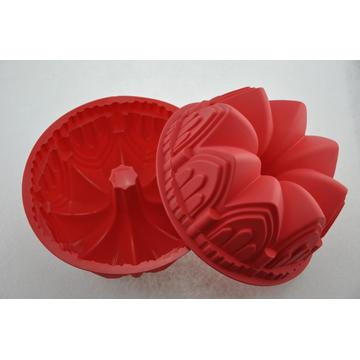Unique Design Red Crown Silicone Baking Pan