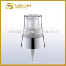 Pompe à lotions de revêtement UV en plastique / pompe à loches crème de 18 mm / distributeur de pompe à lotions de revêtement UV avec AS overcap