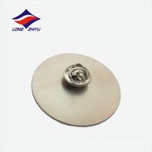Diseñe libremente la insignia de la solapa de la forma redonda en blanco