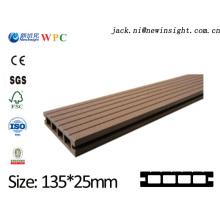 Plancher de chêne en bois machiné par 135 * 25.5mm avec la meilleure qualité