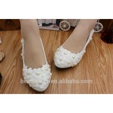 Blanco bajo y perlas de corazón melocotón para el grupo de dama de honor para realizar zapatos de novia WS022