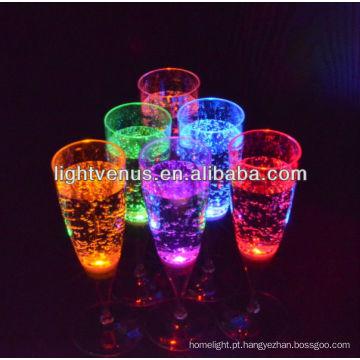 costom levado 150ml líquido ativo LED decorativa copo de champanhe fulgor copo de vidro para o clube