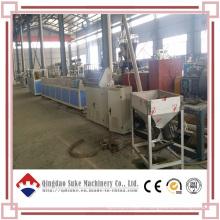 Ligne de machine d'extrudeuse de mur de décoration de PVC