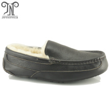 Best Quality for Mens Winter Slippers For Home wholesale soft sole house sheepskin men moccasins slippers export to Suriname Exporter