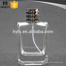 leere polnische Glasflasche Parfüm 100ml