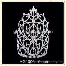 Avec une couronne de pièces détachées