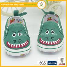 Sapatos de bebê personalizados de design animal fofos e suaves 2014